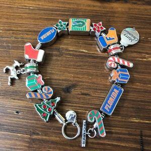 Jewelry - Florida Gators UF Christmas charm bracelet 🐊